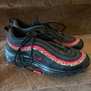 Nike Air Max 97 Size 8 black red leopard